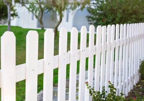 Jersey City Fence Installation Vinyl Fence landscape